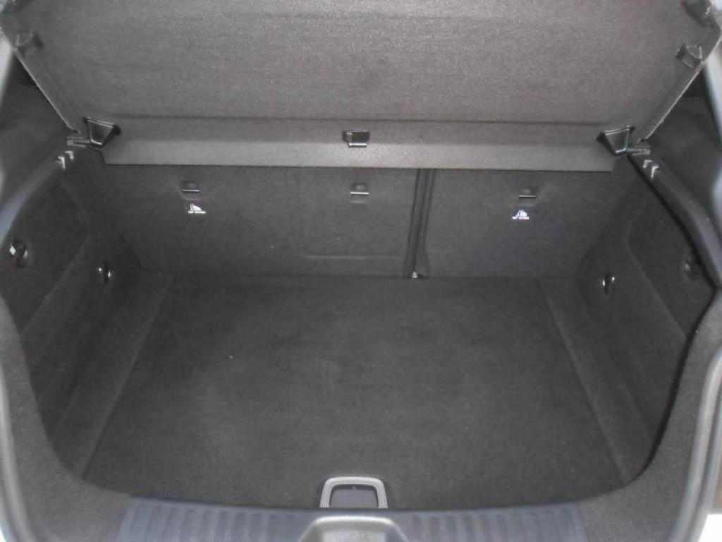 Imagem do veículo CLASSE A 200 URBAN TURBO COM APENAS 35.000 QUILÔMETROS!