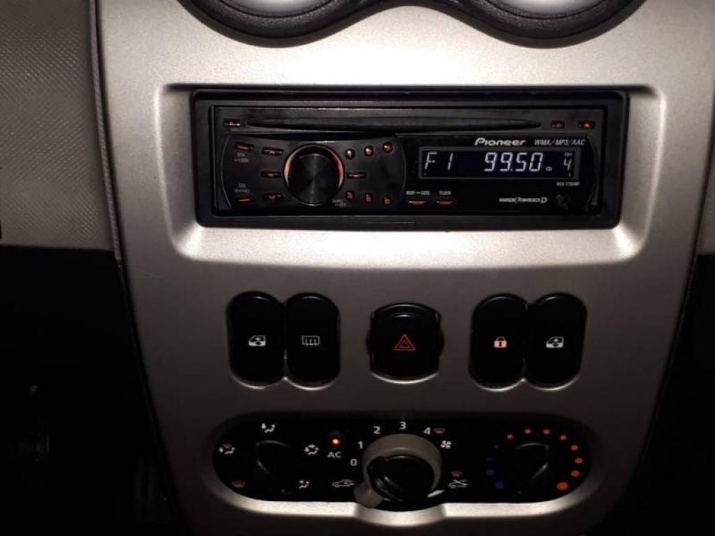 Imagem do veículo SANDERO 1.6 COMPLETO COM AR CONDICIONADO E DIREÇÃO HIDRÁULICA!
