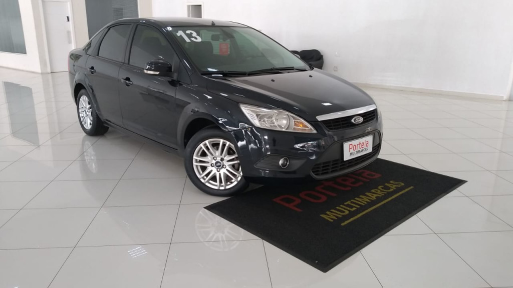 FORD FOCUS 2.0 16V SEDAN 4P AUTOMÁTICO 2013!