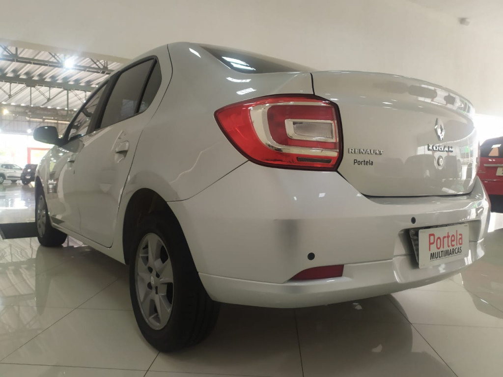 Imagem do veículo RENAULT LOGAN 1.6 SL EXCLUSIVE 8V FLEX 4P MANUAL