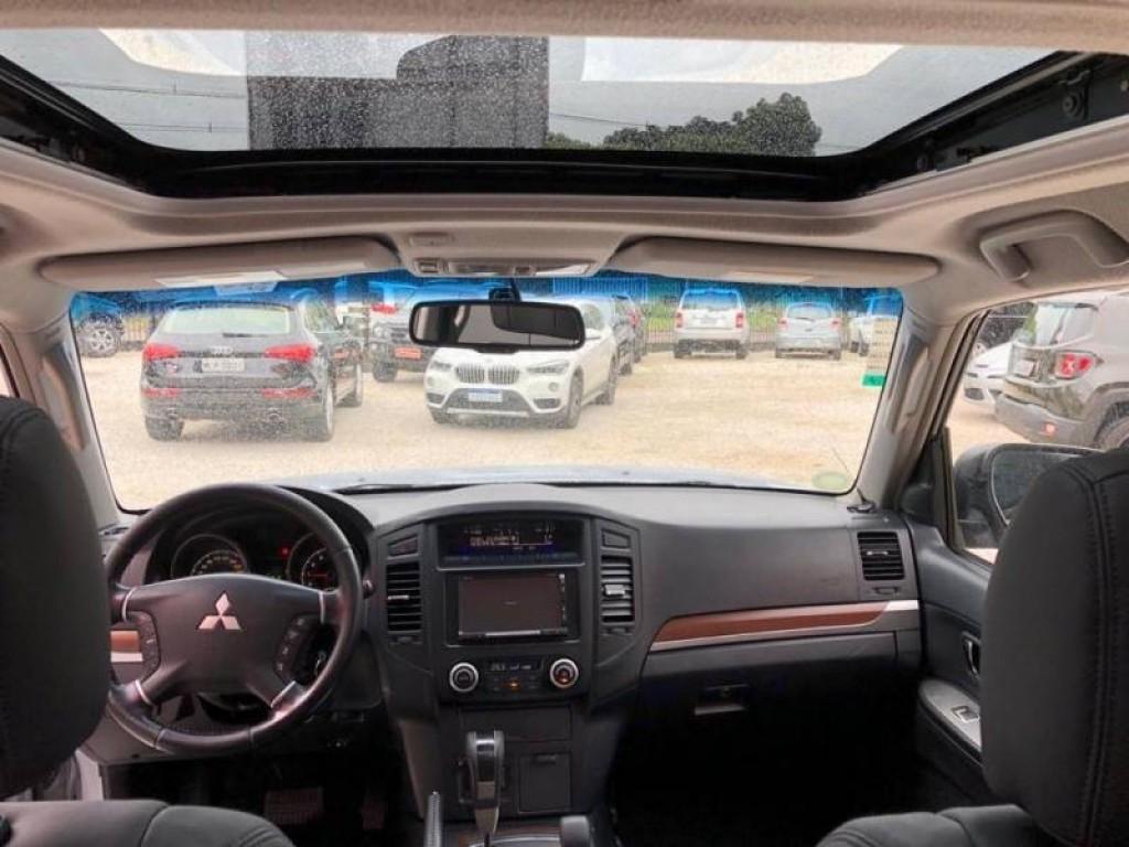 Imagem do veículo Mitsubishi Pajero Full HPE 3.2 4x4 7Lugares Automático
