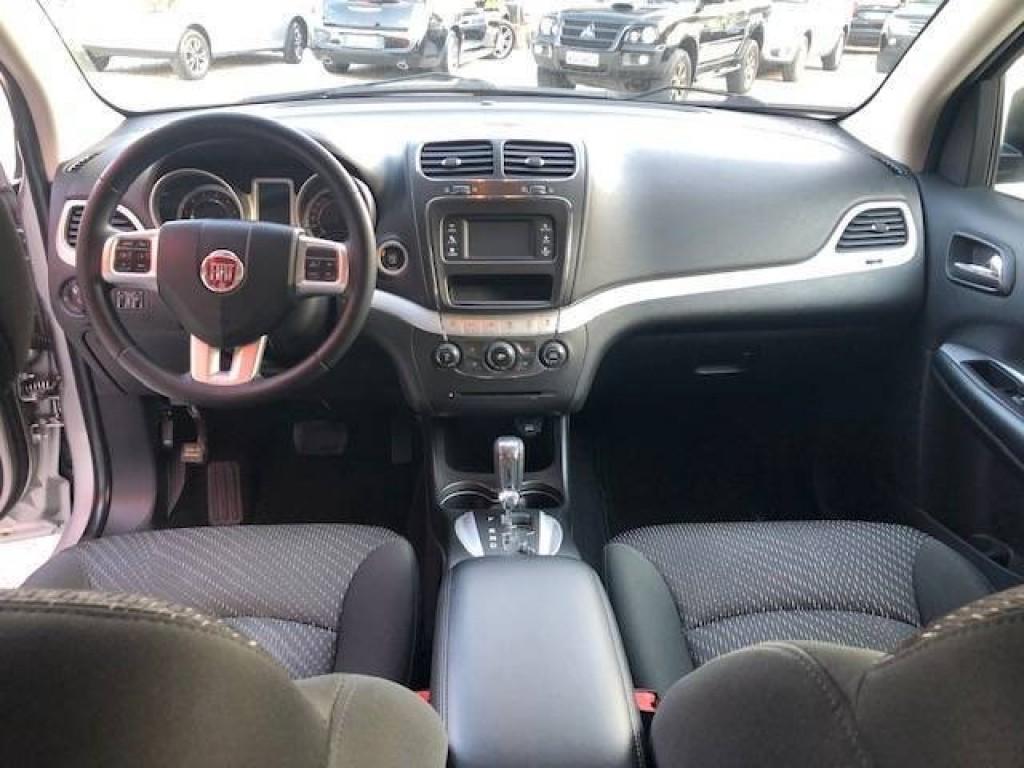 Imagem do veículo Fiat Freemont Emotion 2.4 Automático
