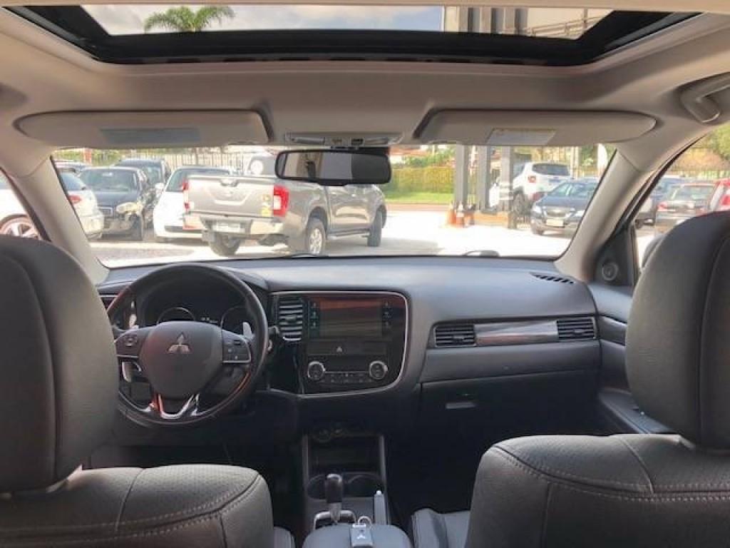 Imagem do veículo Mitsubishi Outlander 2.2 Diesel, Automático