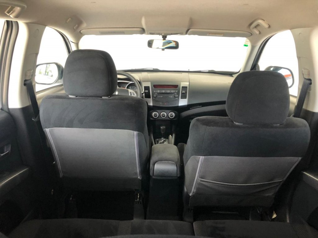 Imagem do veículo MITSUBISHI OUTLANDER 2.4 4X4 16V GASOLINA 4P AUTOMÁTICO