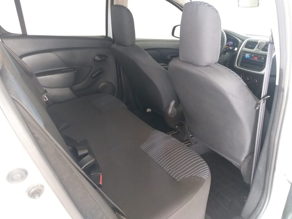 Imagem do veículo SANDERO AUTHENTIQUE 1.0 COMPLETO