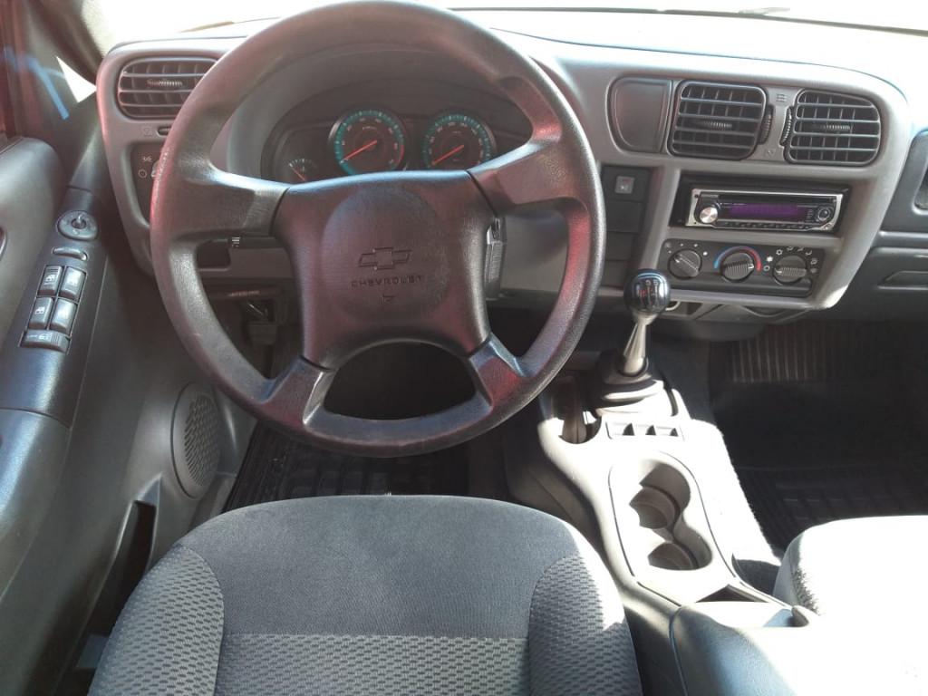 Imagem do veículo S10 ADVANTAGE 2.4 CD 4X2 FLEX ÚNICO DONO!
