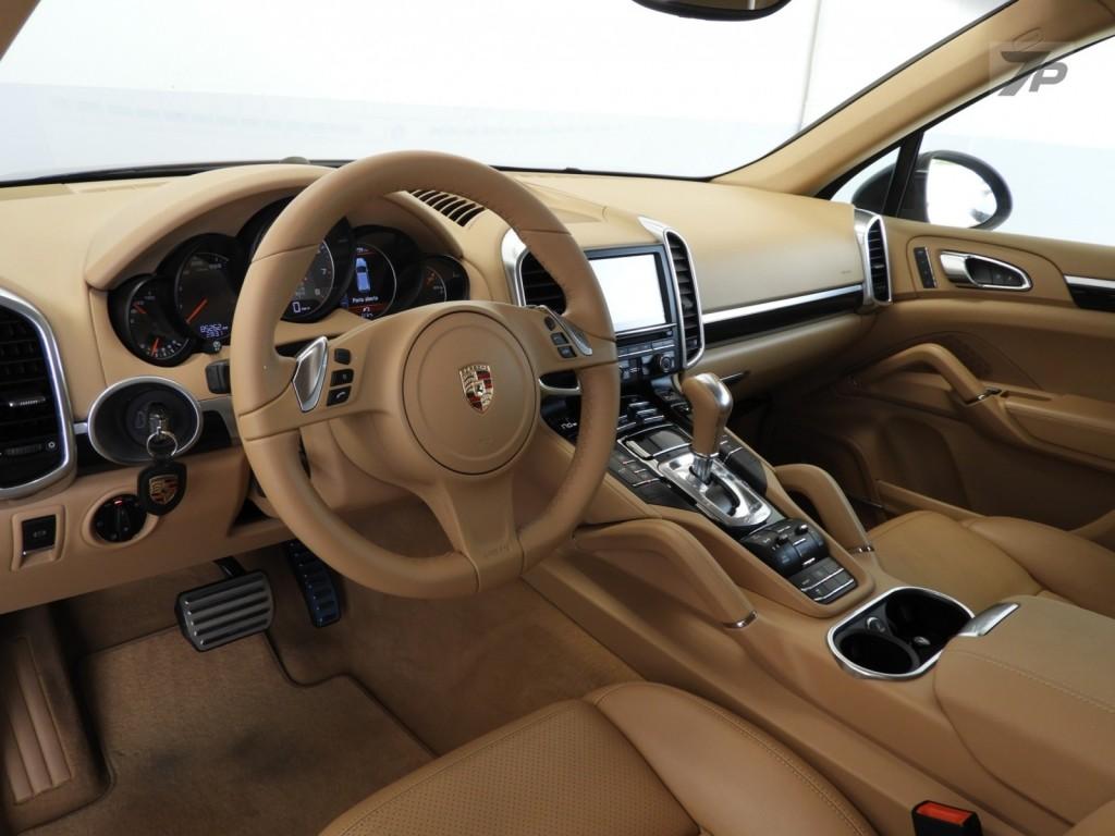 Imagem do veículo Porsche Cayenne S 4.8 V8 4x4 4P Automático