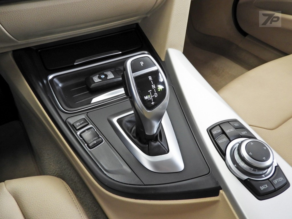 Imagem do veículo BMW 320i 2.0 16V TURBO ACTIVE FLEX