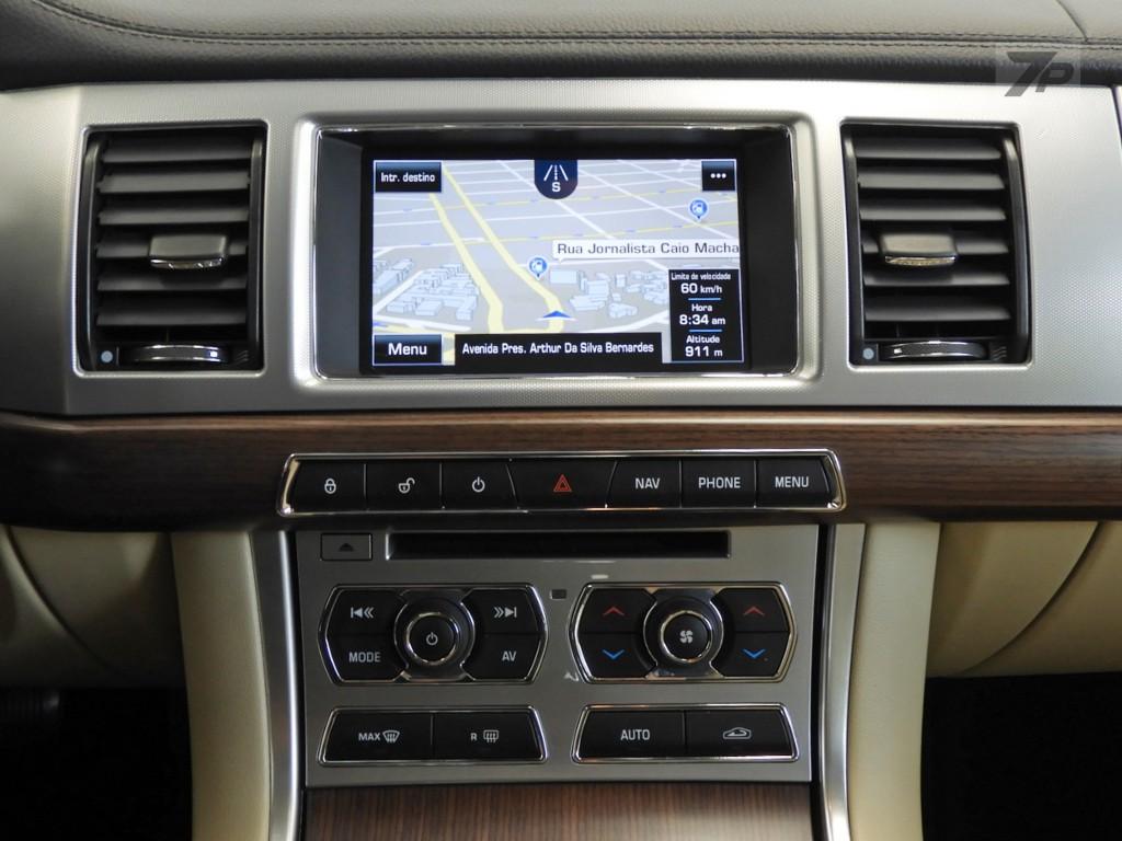 Imagem do veículo Jaguar XF 2.0 Turbo Luxury 4P Automático