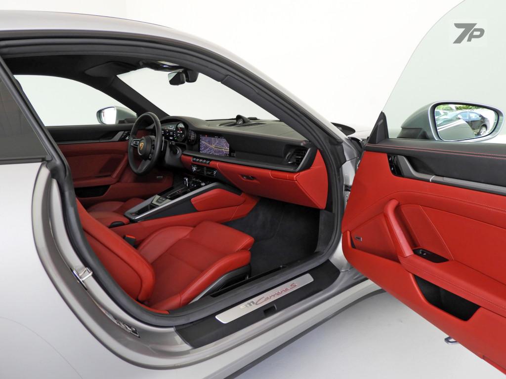 Imagem do veículo PORSCHE 911 3.0 24V H6 GASOLINA CARRERA S PDK