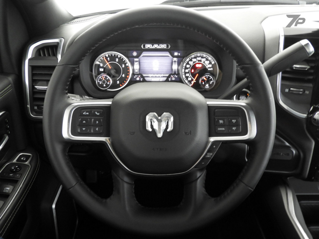 Dodge Ram 6 7 2500 Night Edition 4x4 Cd I6 Em Curitiba 7place