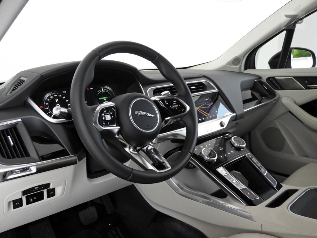 Imagem do veículo JAGUAR I-PACE 90 KW EV400 SE AWD ELÉTRICO