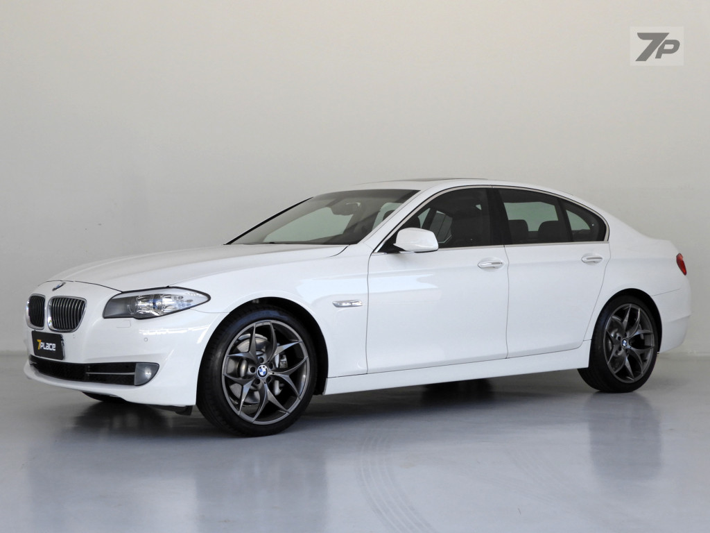 BMW 535i 3.0 SEDAN 6 CILINDROS 24V TURBO GASOLINA 4P AUTOMÁTICO