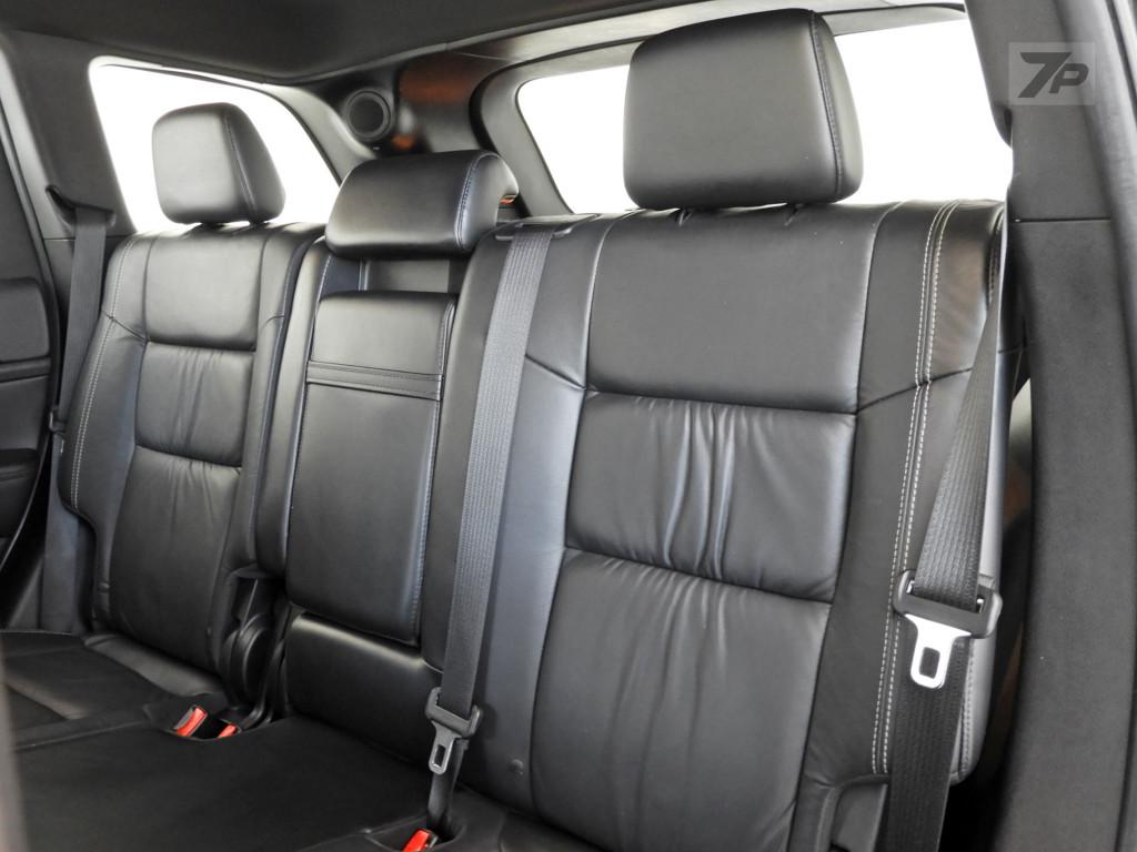 Imagem do veículo JEEP GRAND CHEROKEE 3.6 LAREDO 4X4 V6 24V GASOLINA 4P AUTOMÁTICO