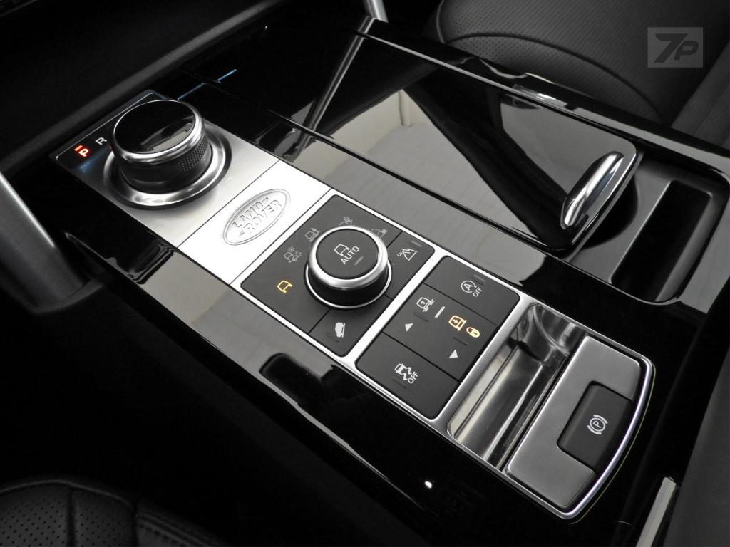 Imagem do veículo LAND ROVER DISCOVERY 3.0 V6 TD6 DIESEL HSE LUXURY 4WD AUTOMÁTICO