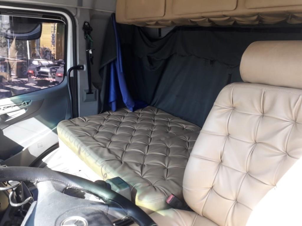 Imagem do veículo Mercedes-Benz Axor 2535 S 6x2 2P