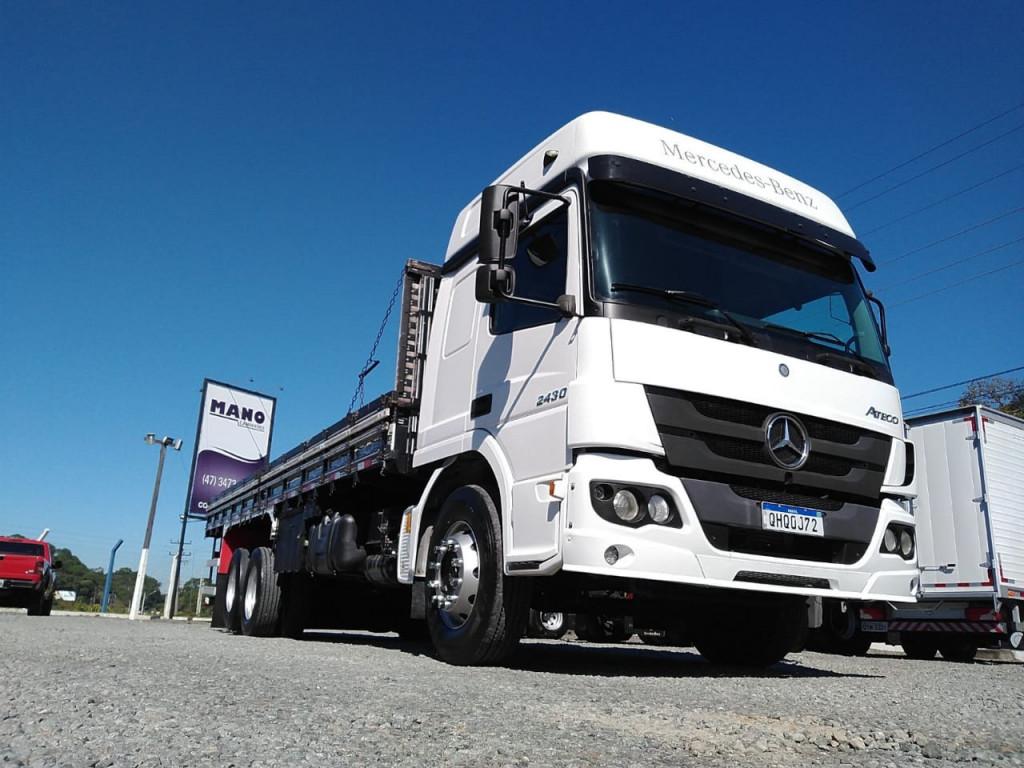 Mercedes-Benz Atego 2430 6x2 2p
