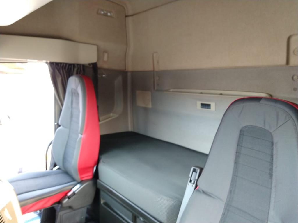Imagem do veículo Volvo FH 460 8x2