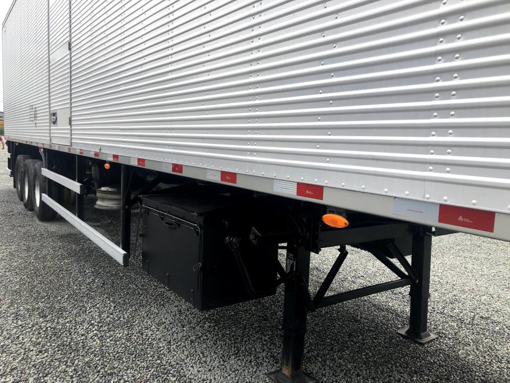 Imagem do veículo carreta bau ls 15.10 mt