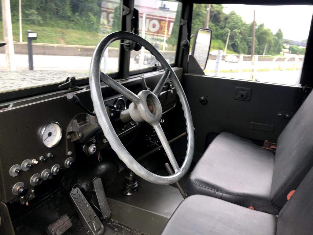 Imagem do veículo Caminhão Militar REO M35 6x6