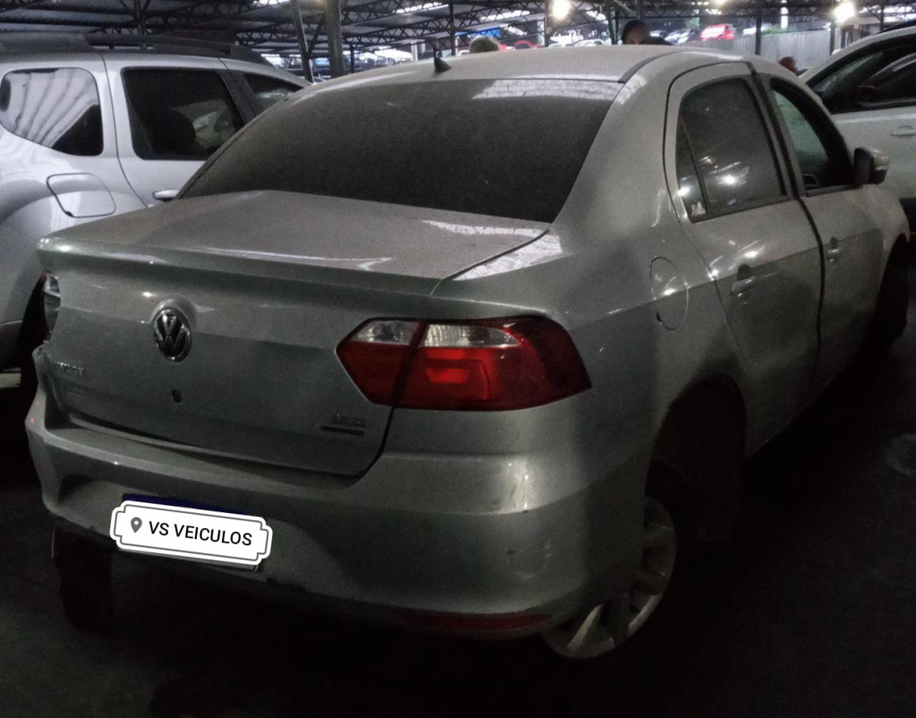 VOLKSWAGEN VOYAGE 1.6 MI 8V FLEX 4P AUTOMÁTICO