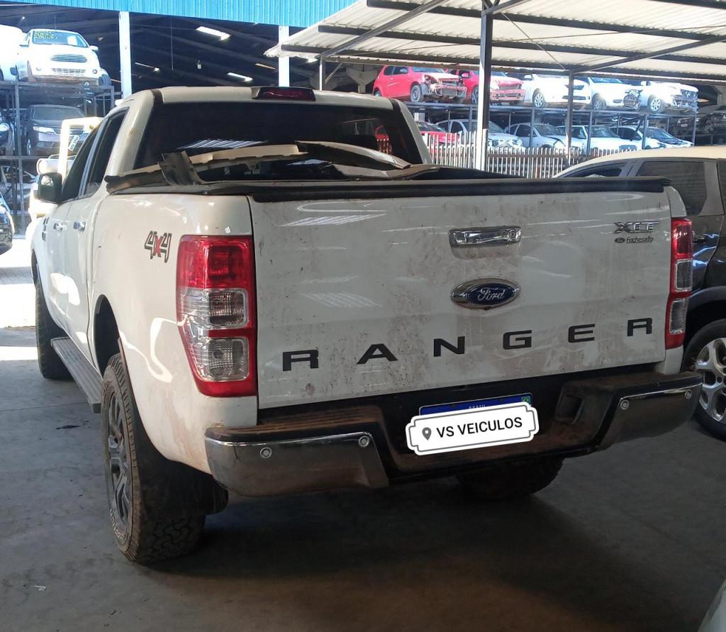 FORD RANGER 3.2 XLT 4X4 CD 20V DIESEL 4P AUTOMÁTICO