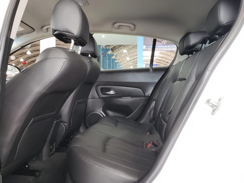 Imagem do veículo CRUZE 1.8 LT SPORT6 16V FLEX 4P AUTOMÁTICO