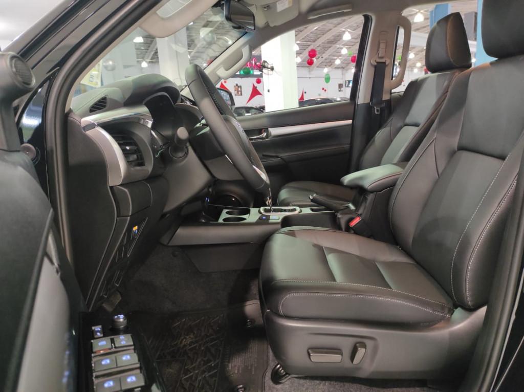 Imagem do veículo HILUX 2.8 SRV 4X4 CD 16V DIESEL 4P AUTOMÁTICO