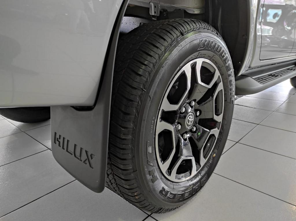Imagem do veículo HILUX 2.8 SRX 4X4 CD 16V DIESEL 4P AUTOMATICO