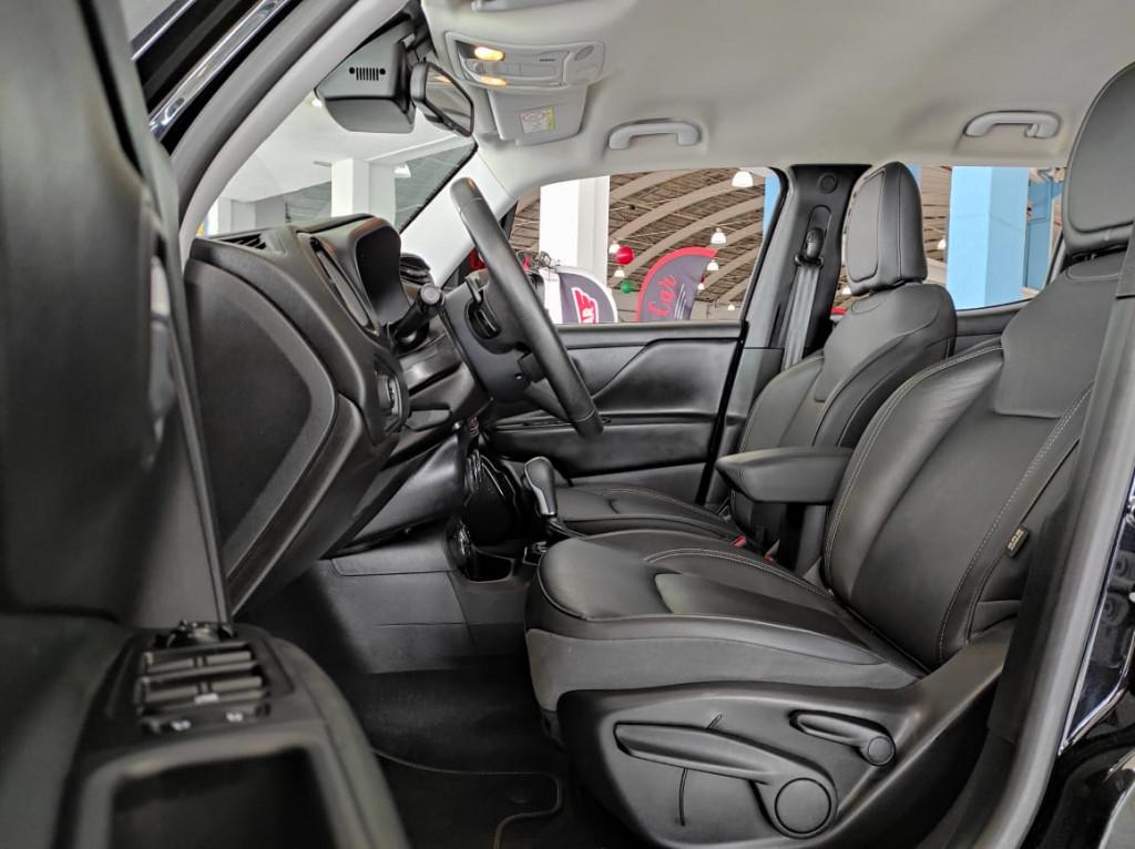 Imagem do veículo RENEGADE 2.0 16V TURBO DIESEL LIMITED 4P 4X4 AUTOMÁTICO