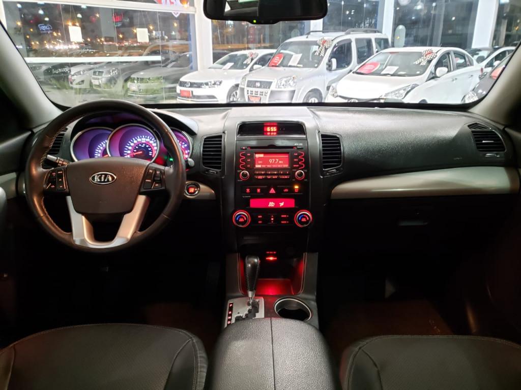 Imagem do veículo KIA SORENTO 3.5 V6 GASOLINA EX 7L AUTOMÁTICO