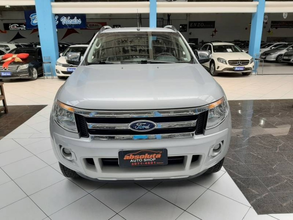 FORD RANGER LIMITED 3.2 CABINE DUPLA 4P AUTOMÁTICO