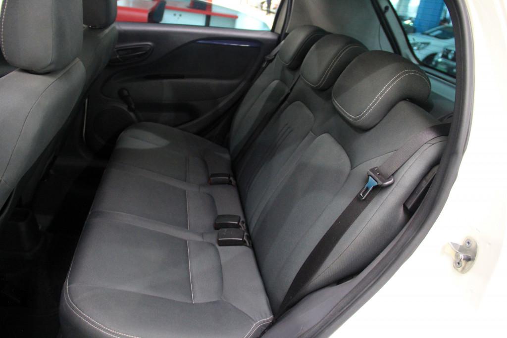 Imagem do veículo FIAT PUNTO 1.4 ATTRACTIVE 8V FLEX 4P MANUAL
