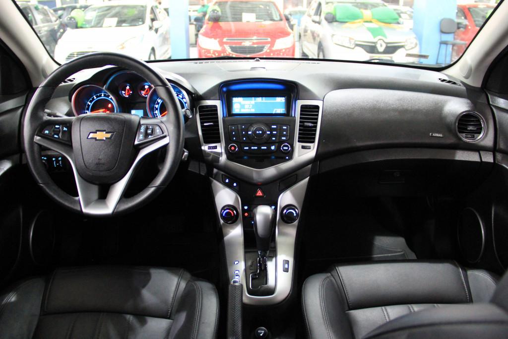 Imagem do veículo CHEVROLET CRUZE 1.8 LT 16V FLEX 4P AUTOMÁTICO
