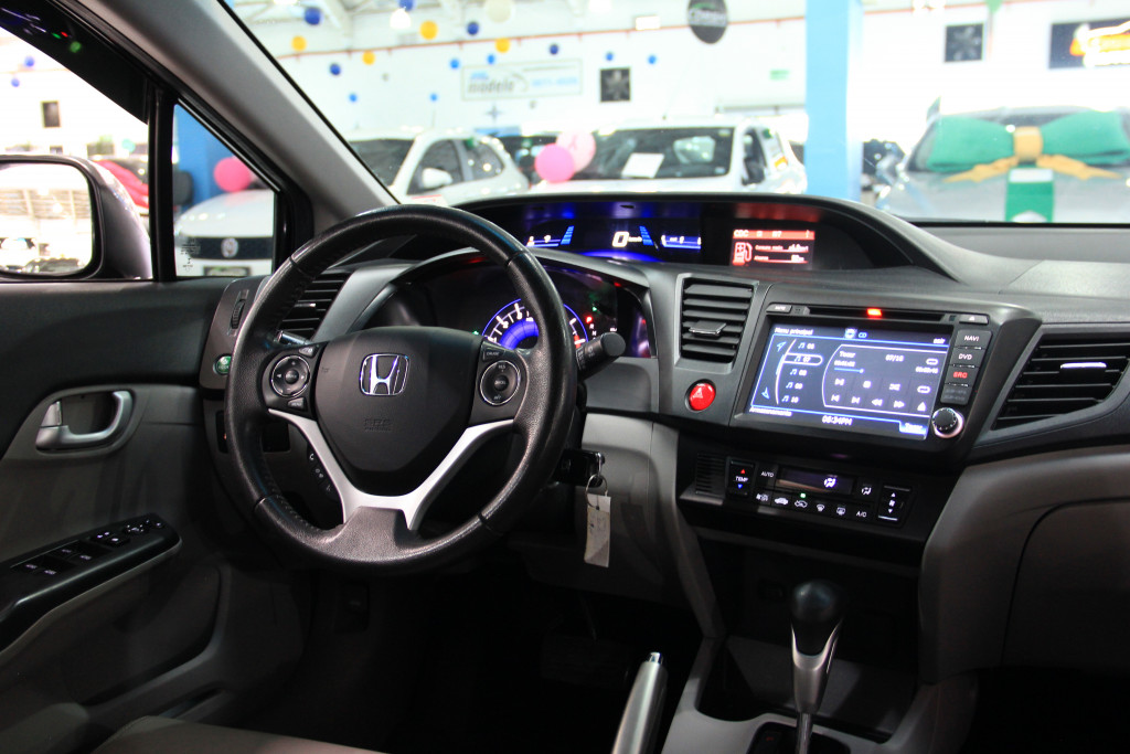 Imagem do veículo HONDA CIVIC 2.0 LXR 16V FLEX 4P AUTOMÁTICO