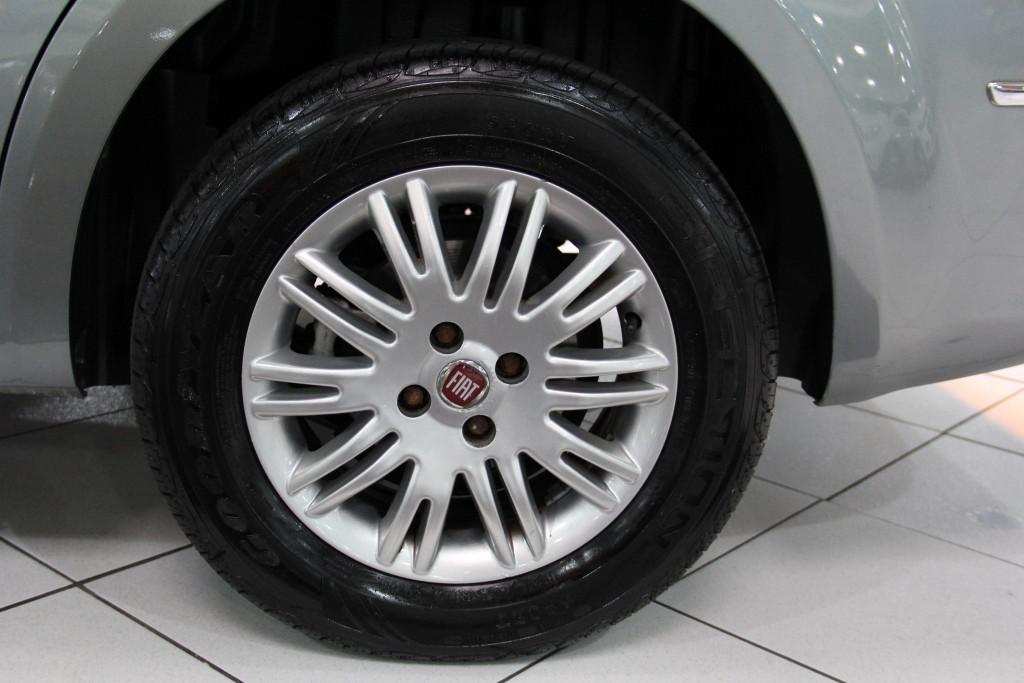 Imagem do veículo FIAT LINEA 1.8 ESSENCE 16V FLEX 4P AUTOMATIZADO REPASSE!