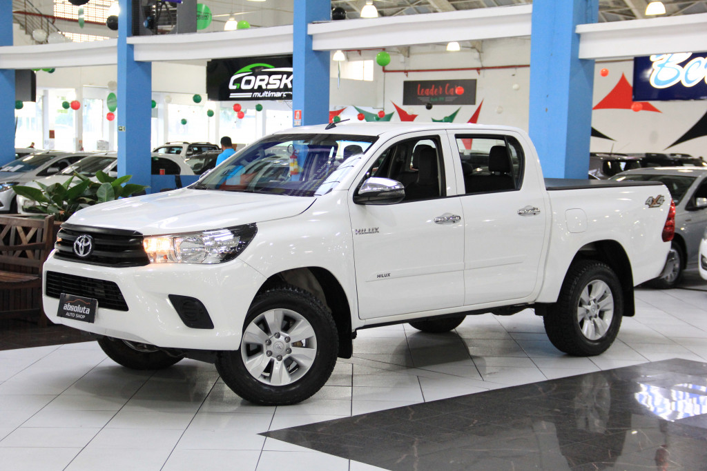 TOYOTA HILUX 2.8 4X4 CD 8V DIESEL 4P MANUAL