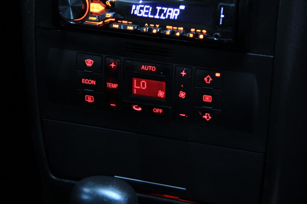 Imagem do veículo AUDI A3 1.8 20V GASOLINA 4P AUTOMÁTICO