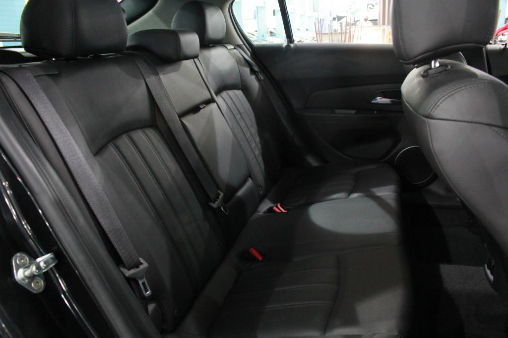 Imagem do veículo CHEVROLET CRUZE 1.8 LT SPORT6 16V FLEX 4P AUTOMÁTICO