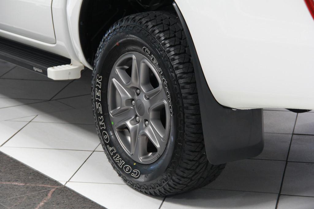 Imagem do veículo FORD RANGER 2.2 XLS 4X4 CD 16V DIESEL 4P AUTOMÁTICO
