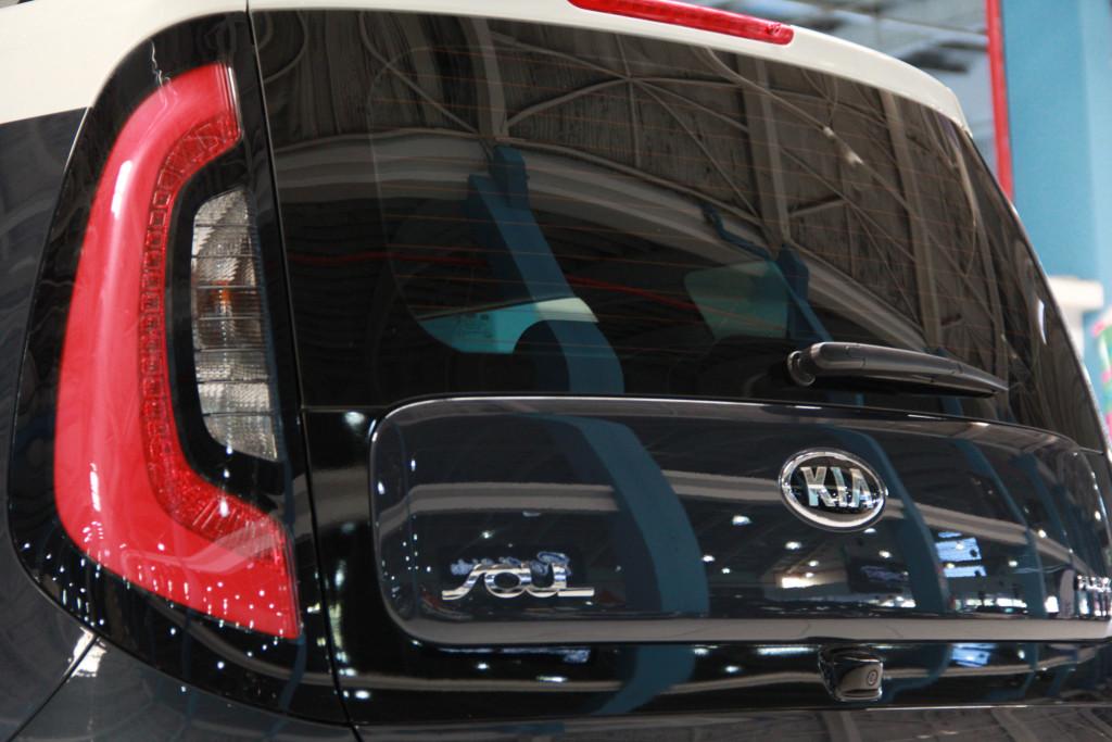 Imagem do veículo KIA SOUL 1.6 EX 16V FLEX 4P AUTOMÁTICO