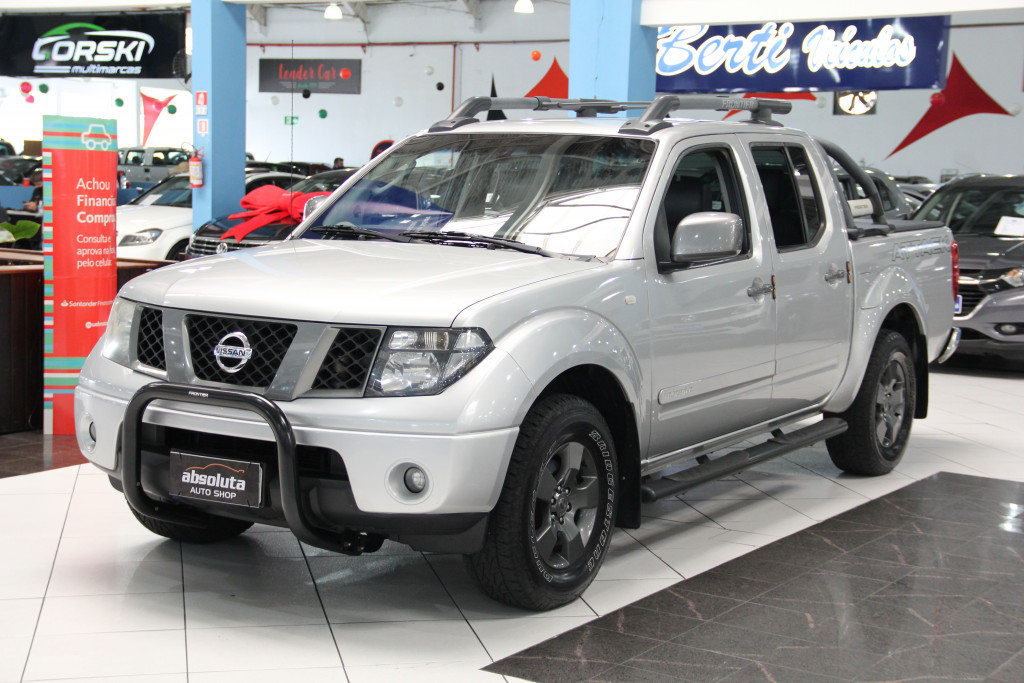 NISSAN FRONTIER 2.5 LE ATTACK 4X4 CD TURBO ELETRONIC DIESEL 4P AUTOMÁTICO