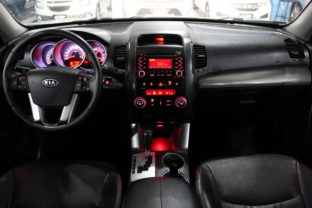 Imagem do veículo KIA SORENTO 3.5 EX2 V6 4X4 24V GASOLINA 4P AUTOMÁTICO