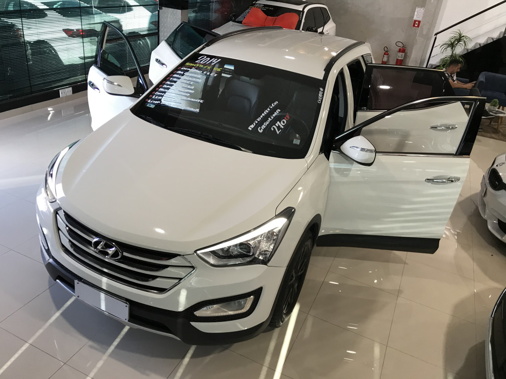 Imagem do veículo HYUNDAI SANTA FÉ 3.3 MPFI 4X4 V6 270CV GASOLINA 4P AUTOMÁTICO