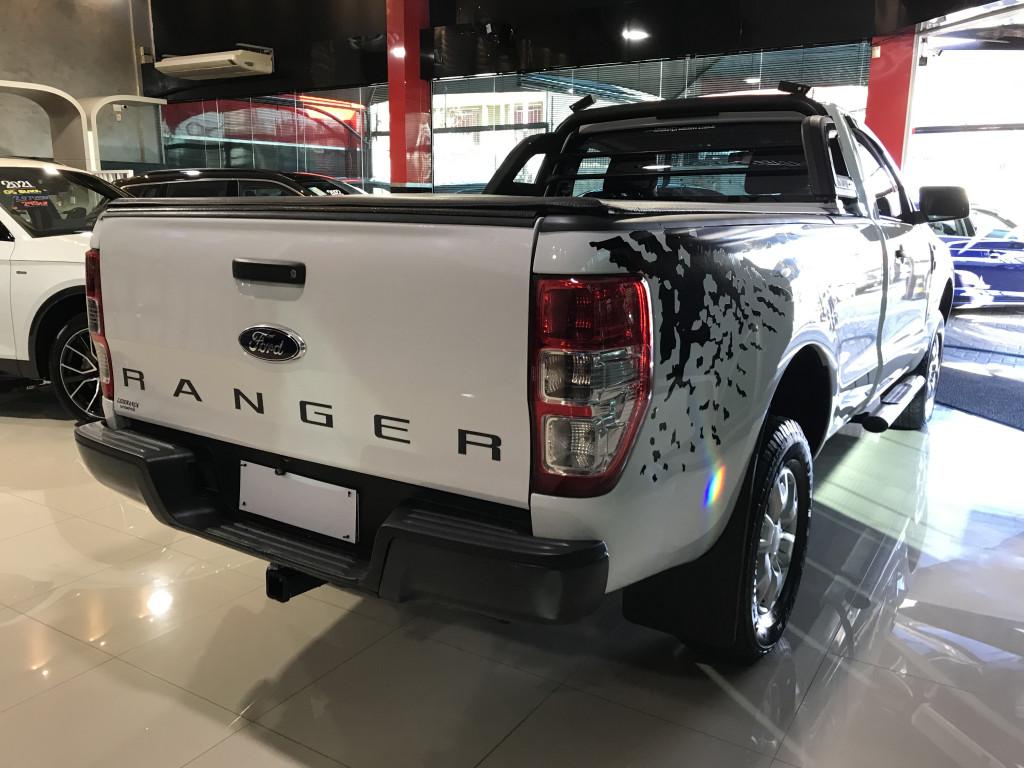Imagem do veículo FORD RANGER 2.5 XLS 4X2 CS 16V FLEX 2P MANUAL