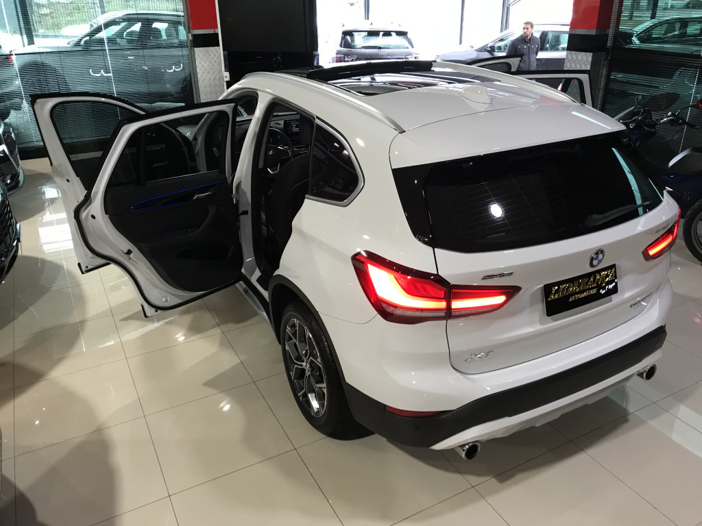 Imagem do veículo BMW X1 2.0 16V TURBO GASOLINA SDRIVE20I X-LINE 4P AUTOMÁTICO