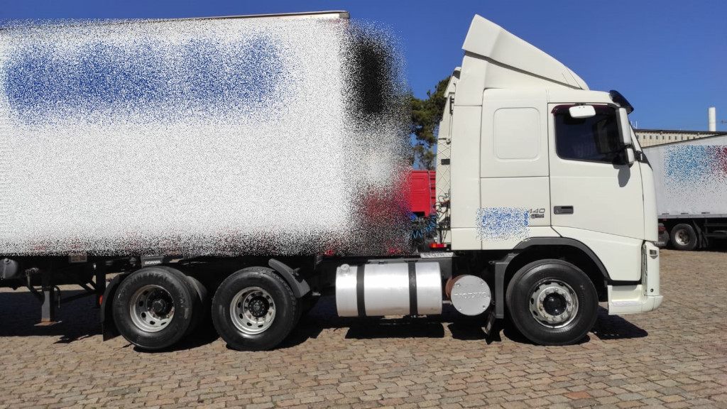 Imagem do veículo VOLVO FH 440 6x2