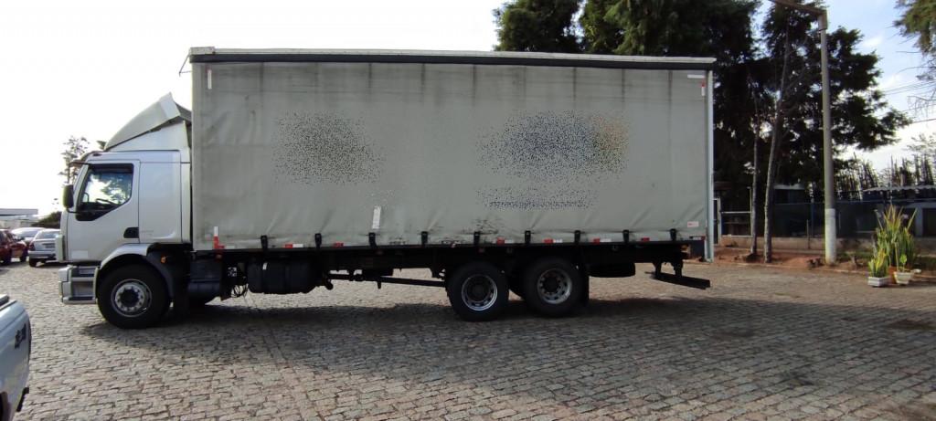Imagem do veículo VOLVO VM 270 6x2 2P (E5)
