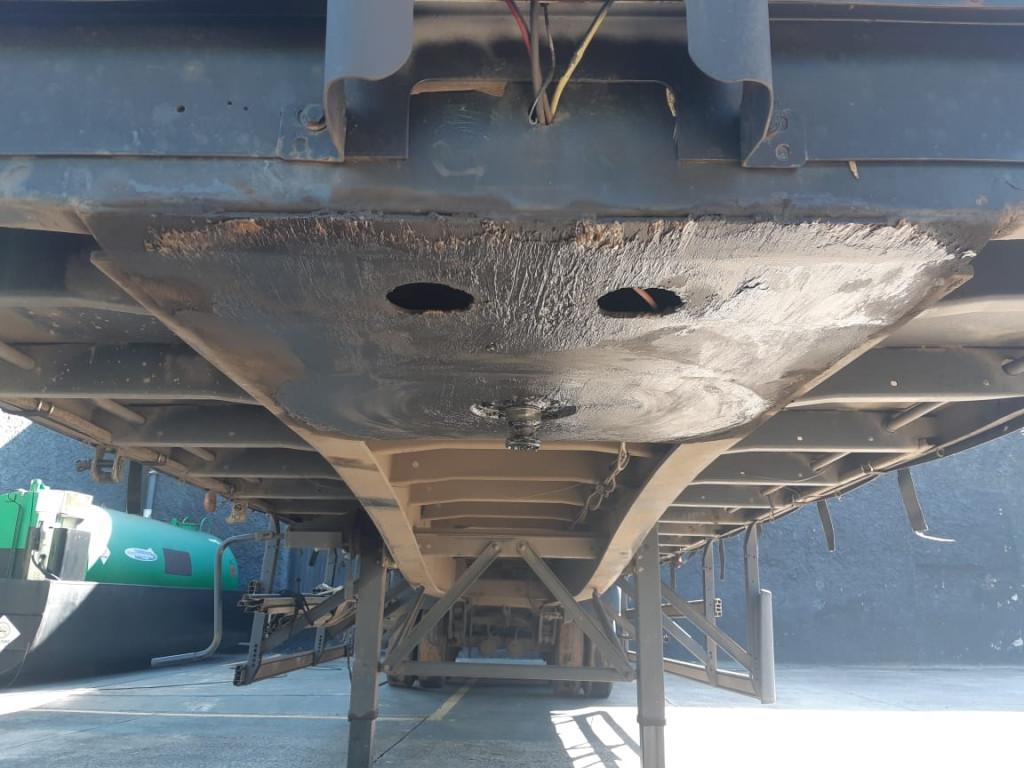 Imagem do veículo Carreta Sider Randon 3 Eixos 2011/2011, 28 Pallets, 2,75 Altura, Assoalho de Chapa, Protetor de Ciclista, Sem pneus