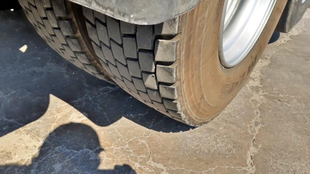 Imagem do veículo SCANIA G420 6X2 2009/2009, Bem Calçada de Pneus, Revisado, Muito Conservado.